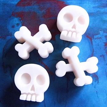 Skull & Crossbones (x 2)